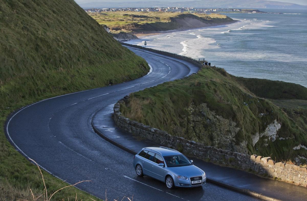 Mietwagen auf Irlands strassen